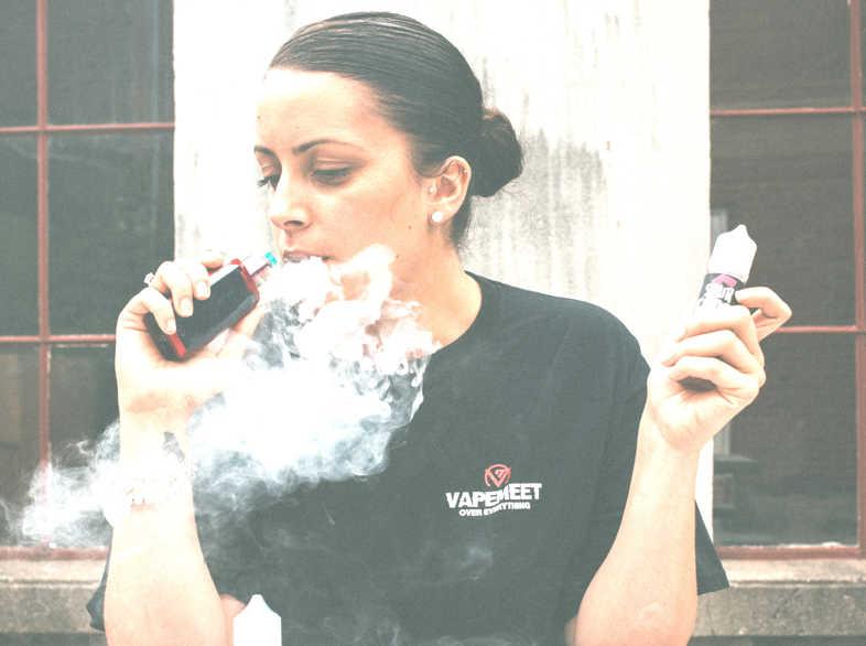 Base líquida de cigarrillo electrónico: 3 riesgos de que nadie te habla acerca de los métodos caseros